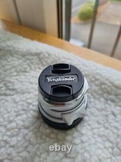 Voigtlander Ultron 35mm f2 ii (New Version) Silver, Mint and Boxed